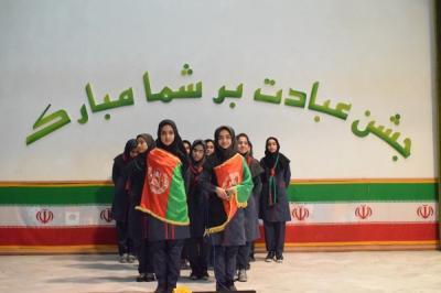 مراسم تجلیل از دانش آموزان برتر آموزشگاه نصر