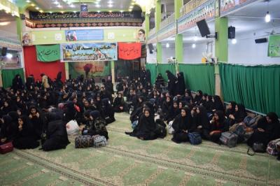 اعزام کاروان راهیان نوردانش آموزان دخترشهرستان اردکان به مناطق عملیاتی