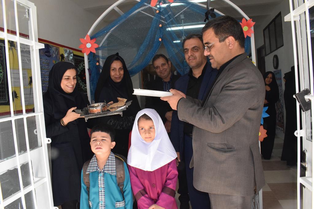 مراسم حضورغنچه های حسینی وآیین ورودی شکوفه های حسینی برگزارشد