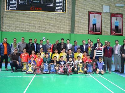 مسابقات بدمینتون مرحله استان در خانه بدمینتون شهرستان اردکان برگزار شد