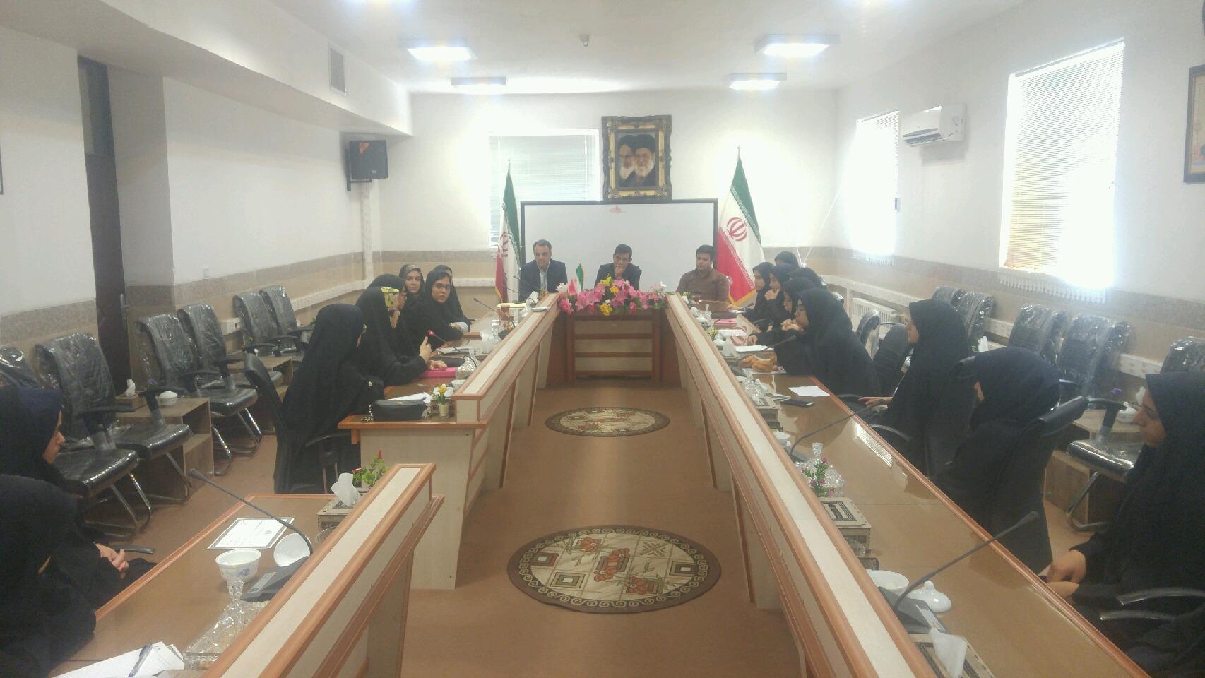 جلسه رؤسای شورا های دانش آموزی برگزار گردید.