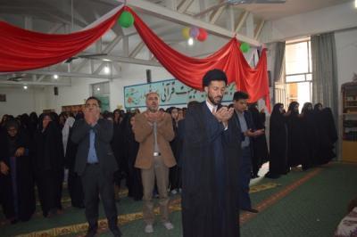 برگزاری نماز جماعت در دبیرستان چهارده معصوم(علیهم السلام)