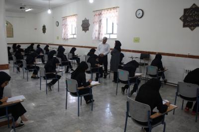 برگزاری امتحانات به روایت تصویر