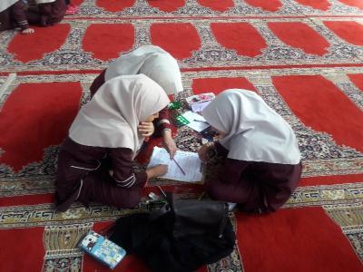 مرحله دوم مسابقه تورنی تیم ریاضی در مصلای شهر اردکان برگزار گردید