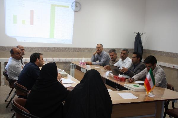 نمرات ضمن خدمت جلسه کمیته هدایت تحصیلی دانش آموزان پایه نهم برگزار شد ...
