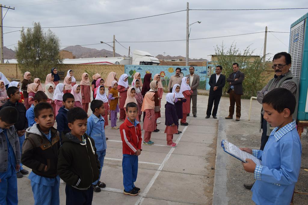 گزارش تصویری از بازدیدمدیرآموزش وپرورش اردکان ازمدارس روستای رباط ومغستان