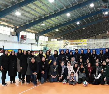 مسابقات والیبال مقطع متوسطه اول دختران